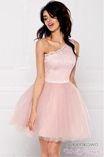 8342965b10 CLEO - Sukienka koronkowo - tiulowa na jedno ramię różowa