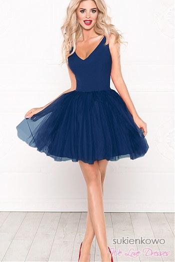 1c93d65af6 FANNY - Rozkloszowana sukienka z dekoltem granatowa ...