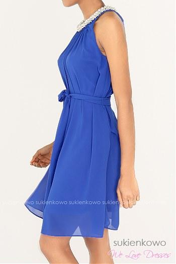 2e0105f894 ... KOLIN - Zwiewna sukienka z perłową kolią niebieska