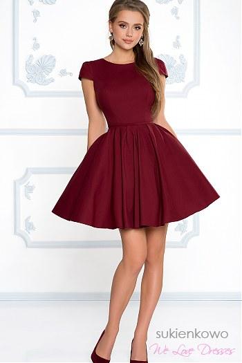 69ba6d5c3a2a52 NATALIA - Rozkloszowana klasyczna sukienka z rękawkiem bordowa